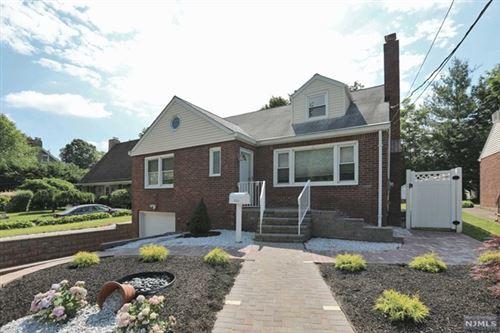 Photo of 185 Hillcrest Avenue, Leonia, NJ 07605 (MLS # 20023271)