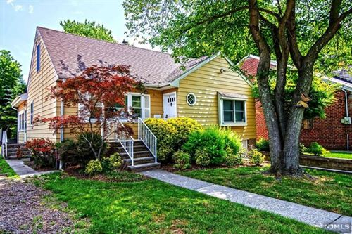 Photo of 35 East Bayview Avenue, Englewood Cliffs, NJ 07632 (MLS # 20023276)