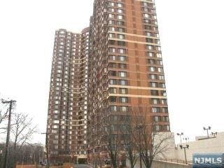 Photo of 100 Old Palisade Road #3706, Fort Lee, NJ 07024 (MLS # 21015277)