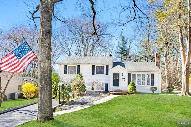 8 Lockwood Lane, Closter, NJ 07624 - MLS#: 21012279