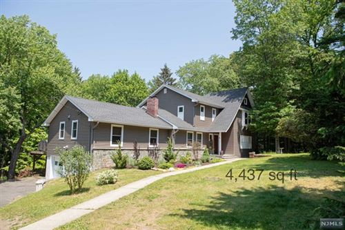 Photo of 128 Glen Road, Woodcliff Lake, NJ 07677 (MLS # 21030283)