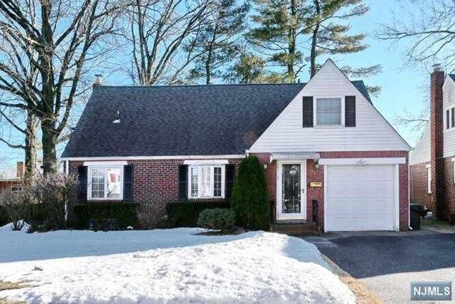 246 Linden Place, New Milford, NJ 07646 - MLS#: 21007284