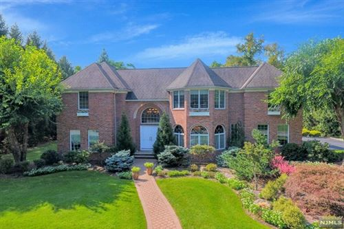 Photo of 10 Knights Court, Upper Saddle River, NJ 07458 (MLS # 20040302)