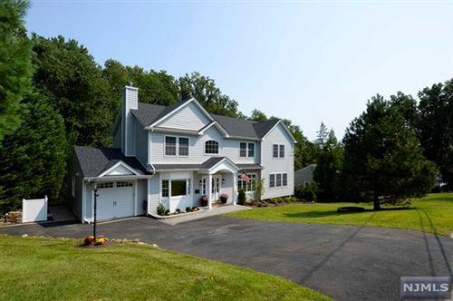 Photo of 11 Ladik Place, Montvale, NJ 07645 (MLS # 21042303)