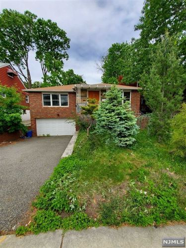 Photo of 269 State Rt 5, Fort Lee, NJ 07024 (MLS # 21020324)