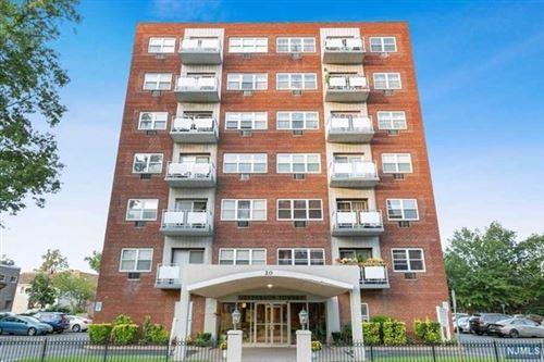 Photo of 20 Jefferson Street #F5, Hackensack, NJ 07601 (MLS # 21041340)