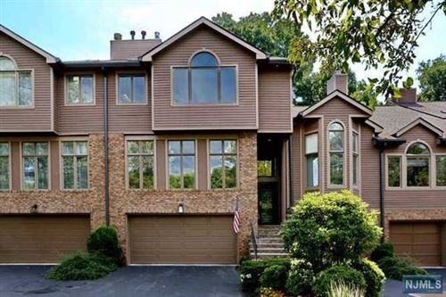Photo of 98 Lakeview Drive, Old Tappan, NJ 07675 (MLS # 20027362)
