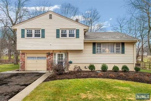 Photo of 16 Wield Court, Park Ridge, NJ 07656 (MLS # 20002399)