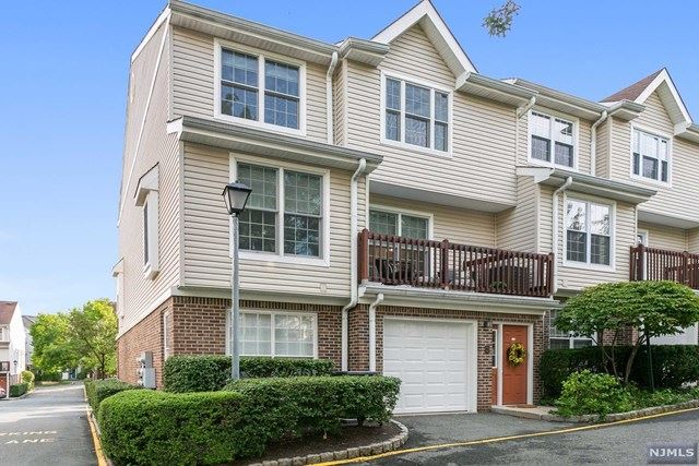 255 Village Circle Drive, Fort Lee, NJ 07024 - MLS#: 20035400