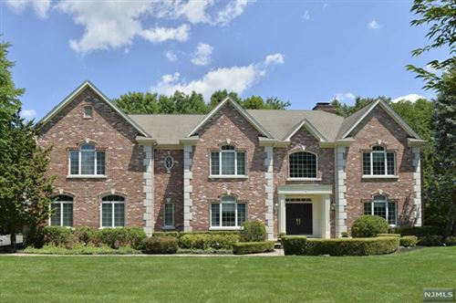 Photo of 315 Water View Drive, Franklin Lakes, NJ 07417 (MLS # 20029405)