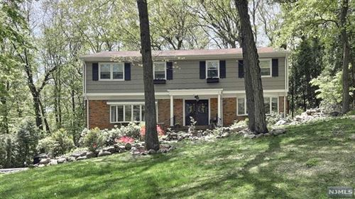 Photo of 257 Steves Lane, Franklin Lakes, NJ 07417 (MLS # 20017426)