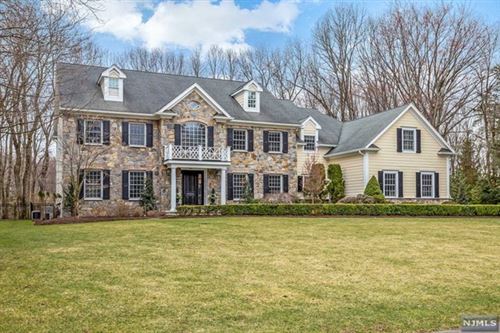 Photo of 866 Aztec Trail, Franklin Lakes, NJ 07417 (MLS # 21012454)