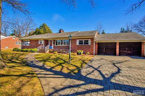 Photo of 7 Raymond Street, Englewood Cliffs, NJ 07632 (MLS # 20010496)