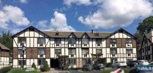 Photo of 2113 Hawthorne Lane, Mahwah, NJ 07430 (MLS # 20023501)