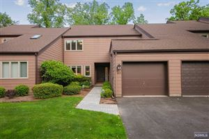 Photo of 23 South Bayard Lane, Mahwah, NJ 07430 (MLS # 1924513)