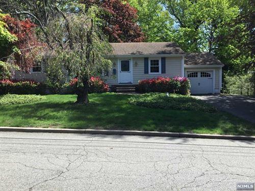 Photo of 8 Clifford Drive, Park Ridge, NJ 07656 (MLS # 20043520)