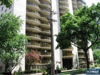 Photo of 150 Overlook Avenue #4a, Hackensack, NJ 07601 (MLS # 20044531)