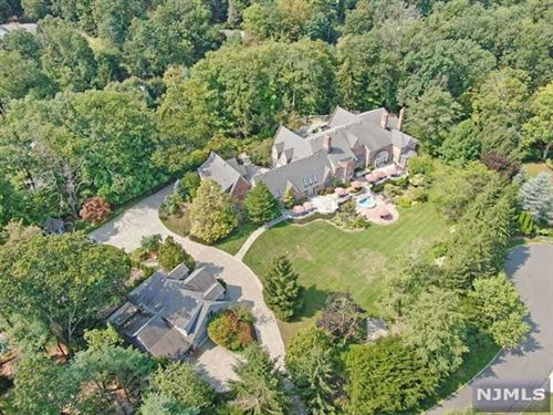 Photo of 1055 High Mountain Road, Franklin Lakes, NJ 07417 (MLS # 21035539)