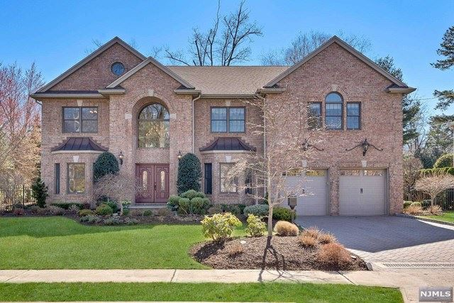 36 Laurence Court, Closter, NJ 07624 - #: 21011540