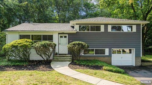 Photo of 38 Beechwood Place, Harrington Park, NJ 07640 (MLS # 21037547)