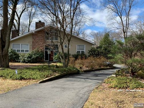 Photo of 11 Moeser Place, Old Tappan, NJ 07675 (MLS # 20009574)