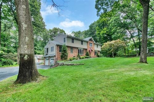 Photo of 205 Mabel Place, Franklin Lakes, NJ 07417 (MLS # 20032576)