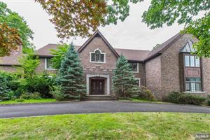Photo of 962 Lily Pond Lane, Franklin Lakes, NJ 07417 (MLS # 1937604)