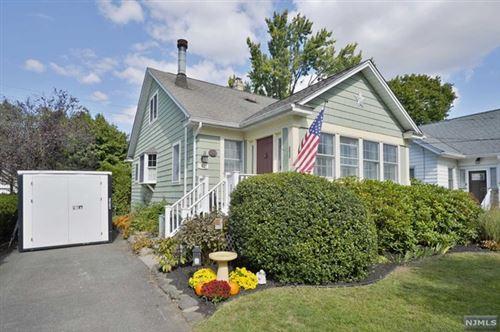 Photo of 92 East Gramercy Place, Glen Rock, NJ 07452 (MLS # 21001611)