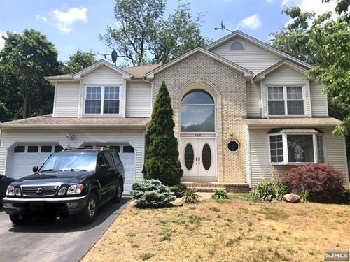 Photo of 162 Split Rock Road, Paramus, NJ 07652 (MLS # 20020612)