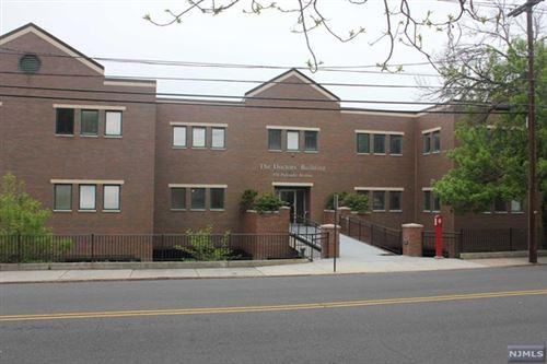 Photo of 870 Palisade Avenue, Teaneck, NJ 07666 (MLS # 21017631)