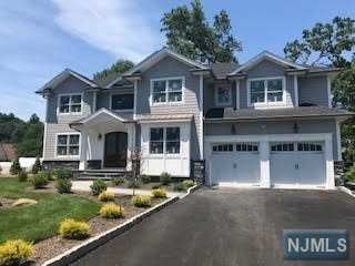 Photo of 5 Couch Court, Allendale, NJ 07401 (MLS # 1947644)