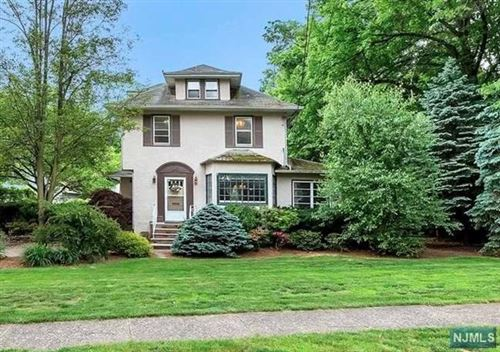 Photo of 718 Harristown Road, Glen Rock, NJ 07452 (MLS # 20021656)