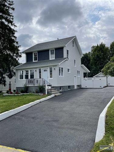 Photo of 28 Hillside Avenue, Teaneck, NJ 07666 (MLS # 21037666)