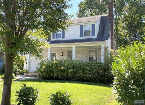 Photo of 14 East Bayview Avenue, Englewood Cliffs, NJ 07632 (MLS # 21037671)