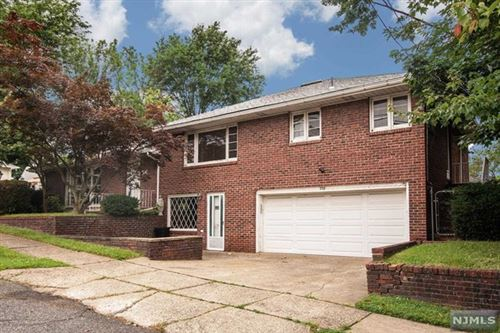 Photo of 305 Longworth Avenue, Hasbrouck Heights, NJ 07604 (MLS # 21038674)