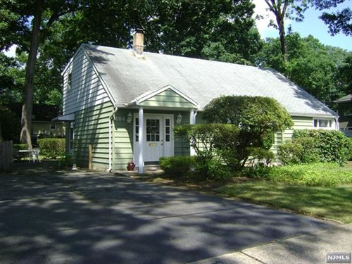 Photo of 184 Licata Drive, New Milford, NJ 07646 (MLS # 20025677)