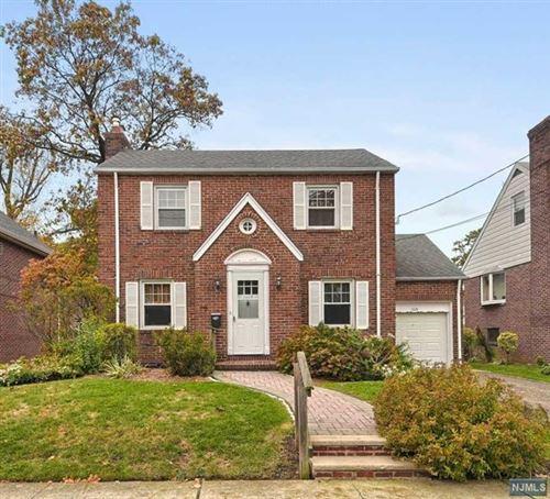Photo of 1115 Edgewood Lane, Fort Lee, NJ 07024 (MLS # 21007682)