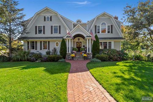Photo of 11 Windham Place, Glen Rock, NJ 07452 (MLS # 20043704)