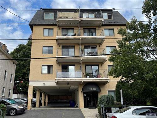 Photo of 88 Edgewater Place #3B, Edgewater, NJ 07020 (MLS # 21036704)