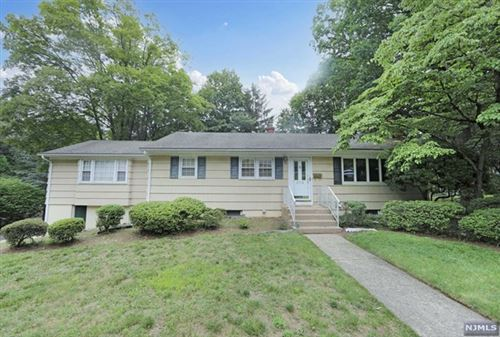 Photo of 214 Oakridge Road, Hillsdale, NJ 07642 (MLS # 21036710)