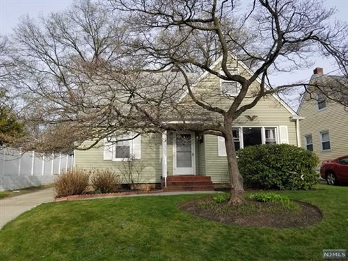 Photo of 17 Irving Place, Bergenfield, NJ 07621 (MLS # 21039742)