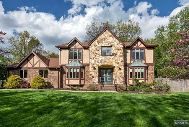 318 Camelot Court, Wyckoff, NJ 07481 - #: 21016756