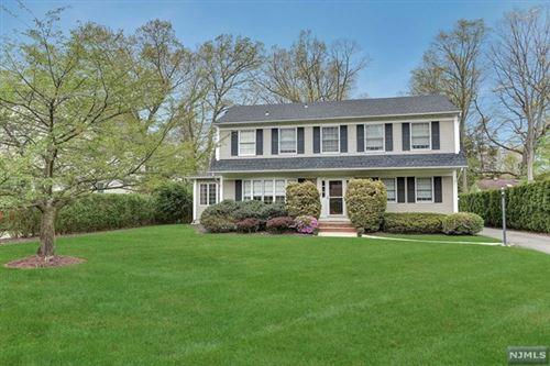 Photo of 983 Pines Terrace, Franklin Lakes, NJ 07417 (MLS # 20011776)