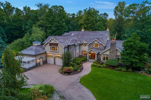 Photo of 2 Lookout Drive, Saddle River, NJ 07458 (MLS # 21006833)