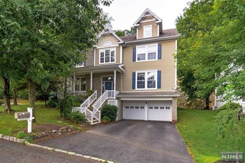 Photo of 39 Skytop Ridge, Oakland, NJ 07436 (MLS # 21003876)