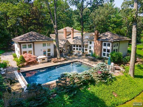 Photo of 208 Terrace Road, Franklin Lakes, NJ 07417 (MLS # 21033876)