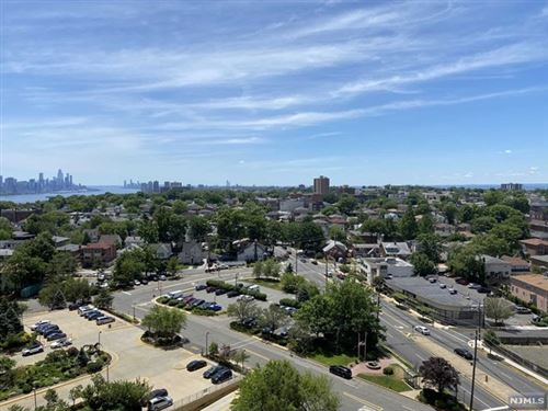 Photo of 300 Winston Drive #1519, Cliffside Park, NJ 07010 (MLS # 20023898)