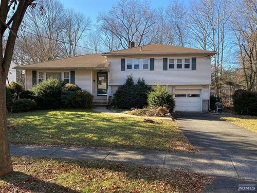 Photo of 43 Coles Court, River Edge, NJ 07661 (MLS # 1948909)