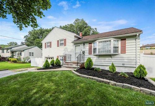 Photo of 278 Homestead Road, Paramus, NJ 07652 (MLS # 21028914)