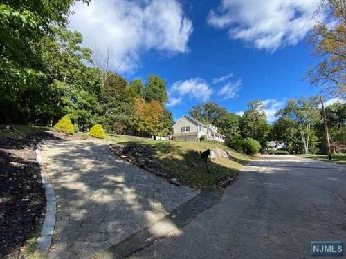 Photo of 11 Ithaca Place, Oakland, NJ 07436 (MLS # 20046932)